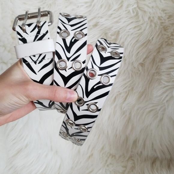 unknown Accessories - Zebra belt!
